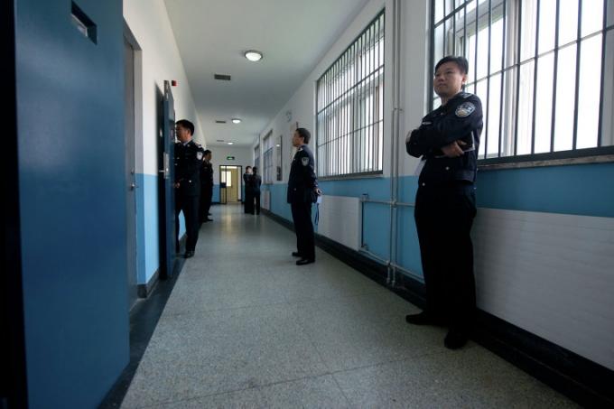 Trung Quốc đang mạnh tay trong cuộc chiến chống tham nhũng. (Ảnh: AFP)