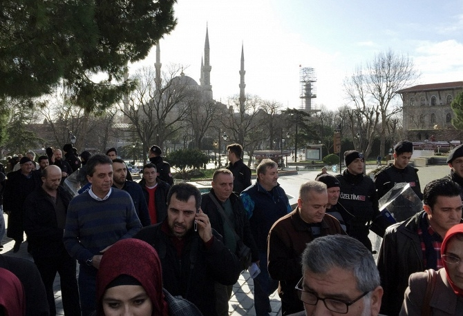 Ngày 13/1, theo hãng tin Dogan, chính quyền Thổ Nhĩ Kỳ đã bắt giữ 3 công dân Nga vì bị tình nghi là thành viên của nhóm khủng bố IS. Đại sứ quán Nga tại Thổ Nhĩ Kỳ đã xác nhận thông tin trên. Vụ việc có thể sẽ châm ngòi cho một cuộc chiến mới giữa Moscow và Ankara. (Ảnh: Reuters)