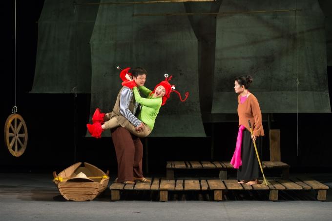 Nhiều gương mặt nghệ sĩ nổi tiếng của Nhà hát Tuổi trẻ góp mặt trong vở kịch thú vị này
