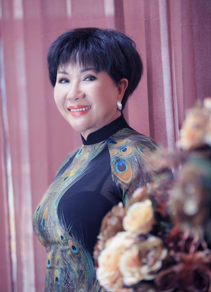 Danh ca Lệ Thu háo hức chờ mong được hát ở Nhà hát Lớn Hà Nội