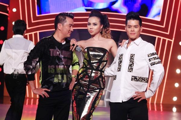 MC Ngọc Diệp xinh đẹp bên cạnh Huy Trần và Mr. Đàm