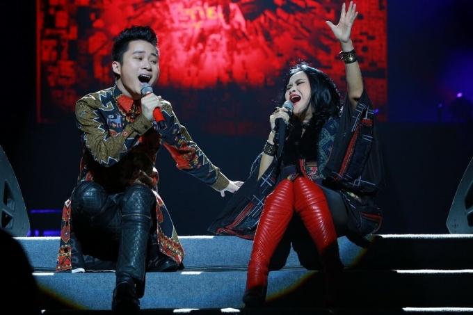 Tùng Dương và Thanh Lam cháy hết mình trong liveshow