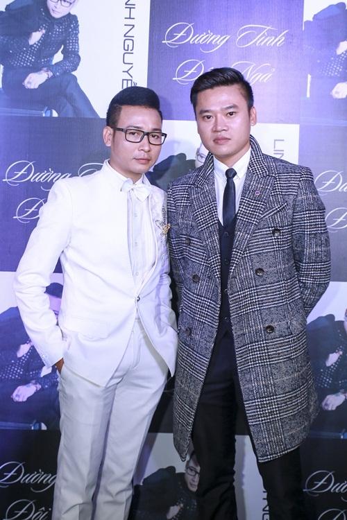 Linh Nguyễn và đạo diễn Anh Quân trong buổi ra mắt MV Đường tình đôi ngả