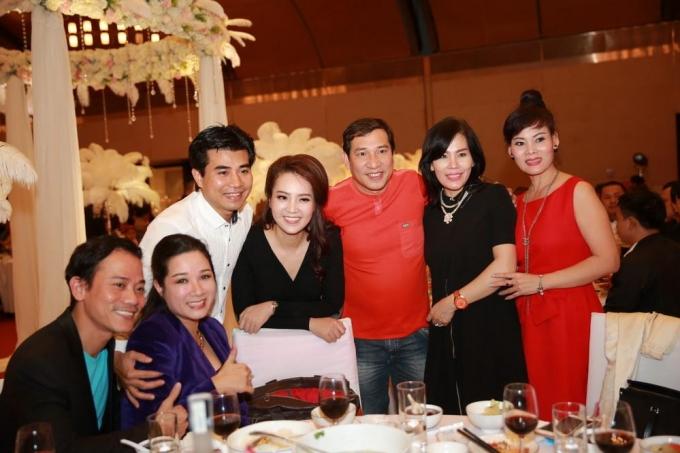Vợ chồng nghệ sĩ Thanh Thanh Hiền - Chế Phong, ông bầu Hoàng Tiến, á hậu Thụy Vân, diễn viên Quang Thắng
