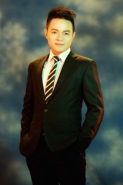 Ca sĩ Tuấn Dương