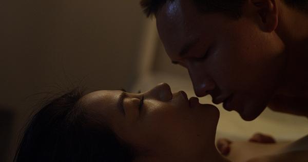 Hình ảnh nóng bỏng của Ngọc Ánh và Kim Lý trong phim