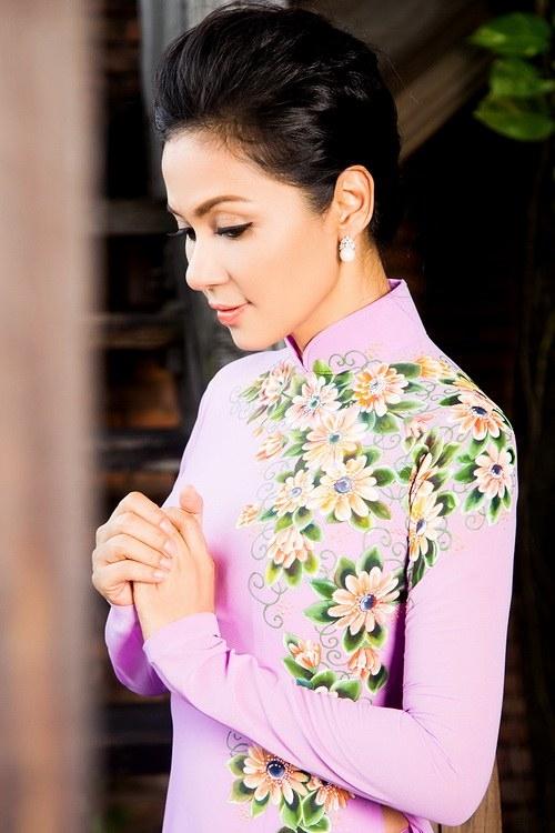 Diễn viên Việt Trinh chọn ăn chay để dadẻ và vóc dáng đẹp hơn.
