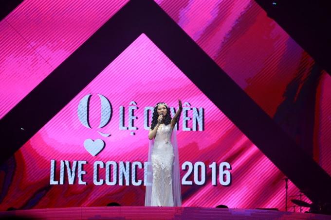 Live concert Lệ Quyên 2016 hoành tráng, đẳng cấp.