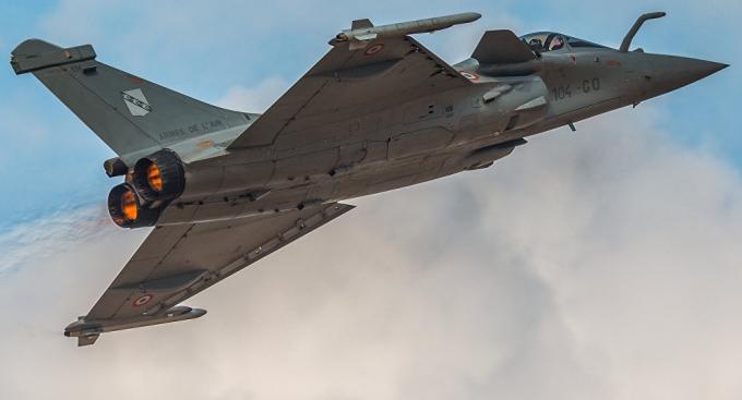Máy bay chiến đấu của Pháp tham gia không kích IS. (Ảnh: Flickr)