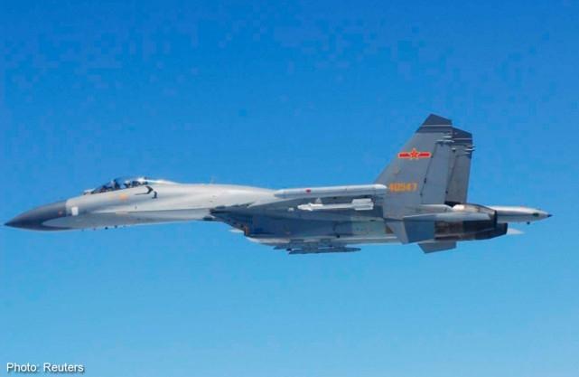 Không quân Trung Quốc tiến hành tập trận trên biển Tây Thái Bình Dương. (Ảnh:Reuters)