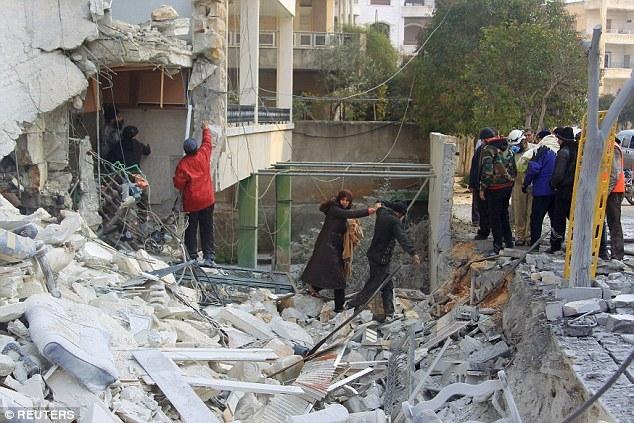Các máy bay chiến đấu thực hiện ít nhất 40 cuộckhông kích tại Aleppo. (Ảnh:Reuters)