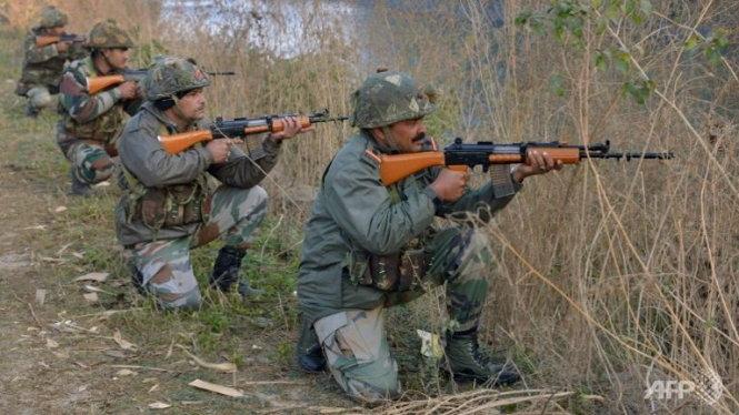 Binh sĩ Ấn Độ mất vị trí chốt gác tại căn cứ không quân ở Pathankot. (Ảnh: AFP)