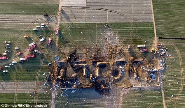 Nổ nhà máy pháo hoa ở Trung Quốc, 10 người chết