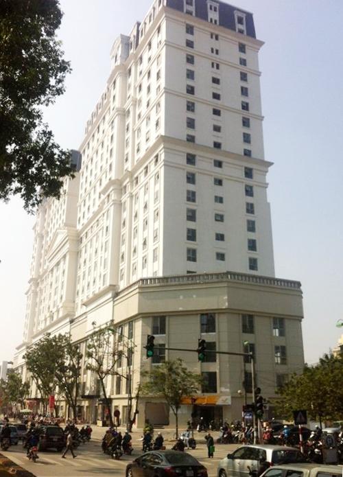 Chung cư D2 Giảng Võ – một trong số 14 chung cư cũ đã được cải tạo ở Hà Nội.