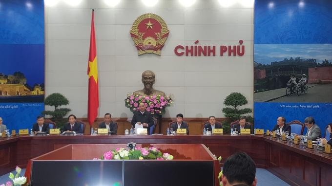Phó Thủ tướng Nguyễn Xuân Phúc phát biểu chỉ đạo tại hội nghị.