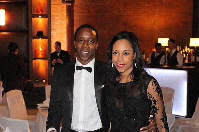 Kojo Annan và vợShanthi.