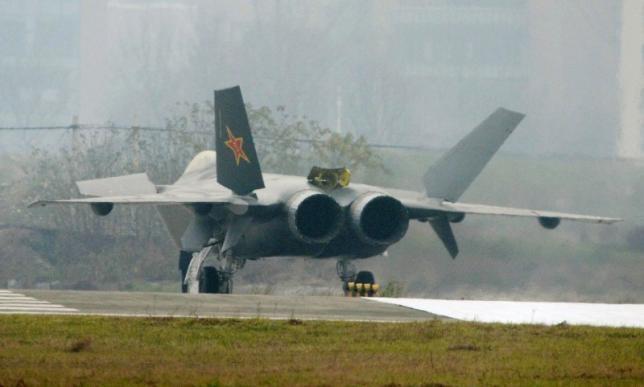 Hình ảnh chiến đấu cơ tàng hình J-20. (Ảnh: Reuters)