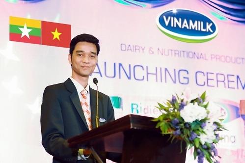 Ông Võ Trung Hiếu, Giám đốc Kinh doanh Quốc tế Vinamilk, phát biểu khai mạc buổi lễ ra mắt chính thức thương hiệu Vinamilk tại Myanmar.