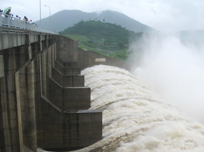 Thủy điện Đrăng Phốk dự kiến xây dựng trên sông Sêrêpôk thuộc xã KrôngAn, huyện Buôn Đôn, tỉnh Đắk Lắk.