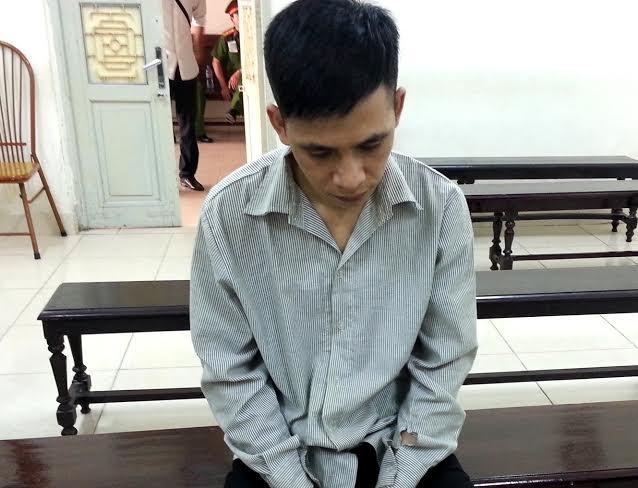 Bị cáo Nguyễn Văn Việt tại tòa.