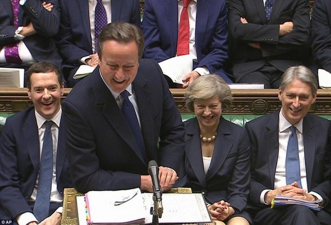 Thủ tướng David Cameron ngày 13/7 đã có buổi làm việc cuối cùng tại Quốc hội Anh trước khi chính thức chuyển giao quyền lực cho bà Theresa May. (Ảnh: PA)