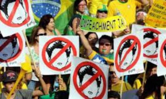 """Chính trường Brazil đang trong thế """"một mất một còn""""."""