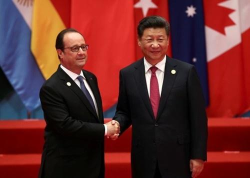 Tổng thống Pháp Francois Hollande và Chủ tịch Trung Quốc Tập Cận Bình tại hội nghị thượng đỉnh G20. (Ảnh:Reuters)