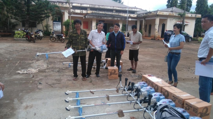 Bình Phước: Hỗ trợ công cụ sản xuất cho người nghèo dân tộc thiểu số