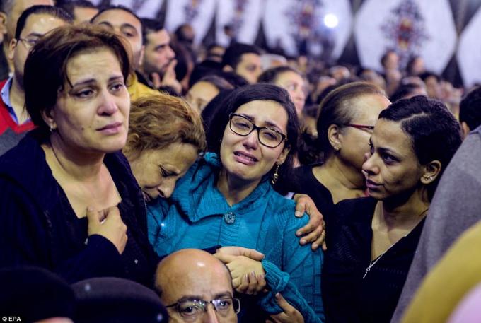 Ít nhất 43 người thiệt mạng và 119 người khác bị thương sau 2 vụ đánh bom liều chết.