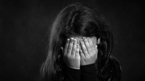 Nhiều nước đề xuất phạt nặng tội xâm hại trẻ em.
