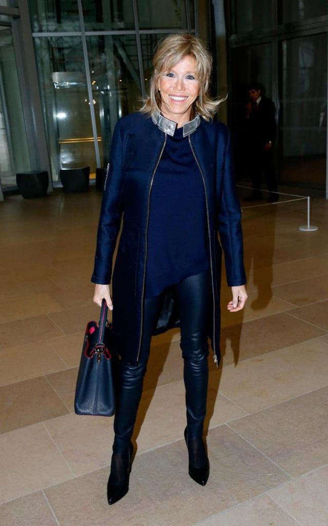 Bà Brigitte Trogneux dự buổi tranh luận giữa các ứng viên tổng thống hồi đầu tháng 4. (Ảnh: AFP)