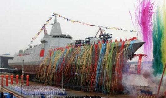 Chiến hạm mới được hạ thủy của Trung Quốc. (Ảnh: Reuters)