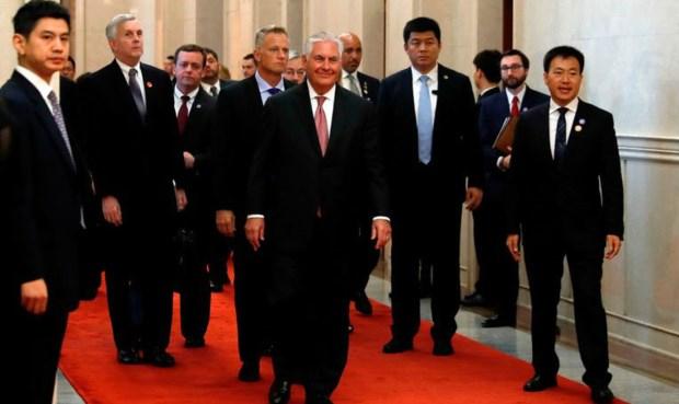Ngoại trưởng Mỹ Tillerson trong chuyến thăm Trung Quốc.
