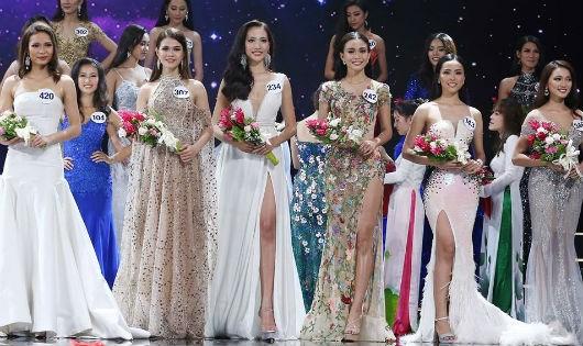 Đêm bán kết Hoa hậu Hoàn vũ 2017 vẫn diễn ra tại Nha Trang mặc UBND TP đã yêu cầu tạm hoãn vì không phù hợp thời điểm.