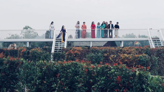 Tặng vé miễn phí tại công viên mê cung và đảo hoa hồng nhân ngày 8/3