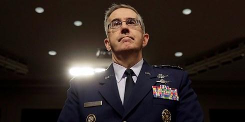 Tướng Không quân John Hyten, Chỉ huy Bộ Tư lệnh chiến lược Mỹ tại phiên điều trần. Ảnh: Businessinsider.