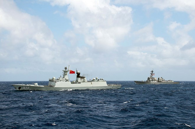 Tàu Trung Quốc và tàu Mỹ tham gia tập trận RIMPAC năm 2016. (Nguồn: Hải quân Mỹ)