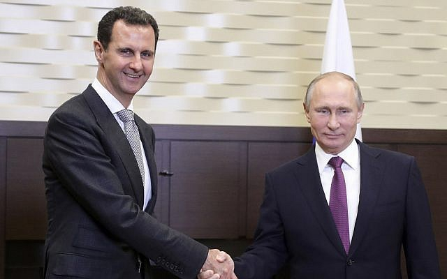 Tổng thống Putin gặp người đồng cấp Syria Assad tại Nga năm 2017 (Ảnh: AP)