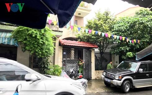 Công an khám nhà riêng ông Phan Ngọc Thạch, nguyên Chủ tịch HĐQT, Giám đốc Công ty Du lịch Đà Nẵng.