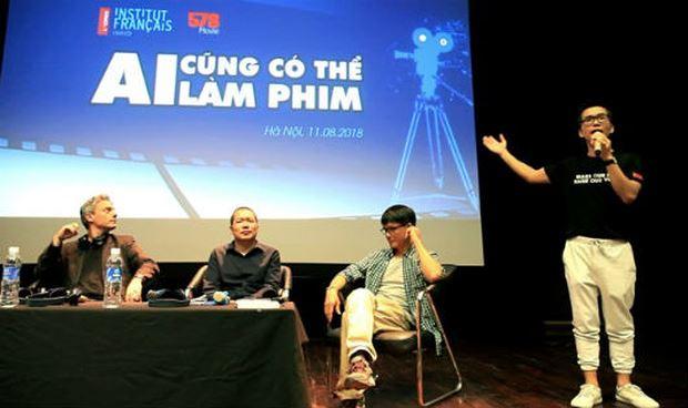 Các đạo diễn, quay phim chia sẻ quá trình làm phim.