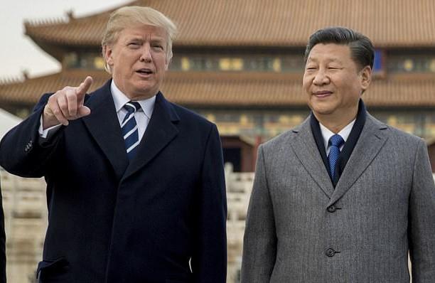 Chủ tịch Trung Quốc Tập Cận Bình đón Tổng thống Mỹ Donald Trump tại Bắc Kinh năm 2017 (Ảnh: AFP)