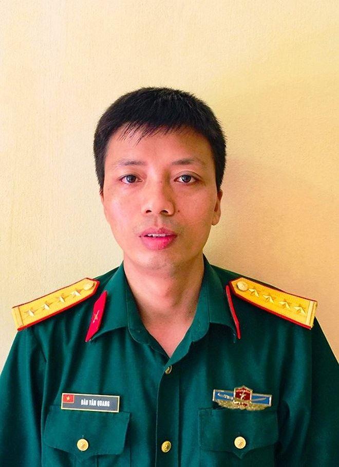 Đại úy Đào Văn Quang.