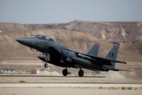 Chiến đấu cơ F-15 Mỹ. (Ảnh:Reuters).