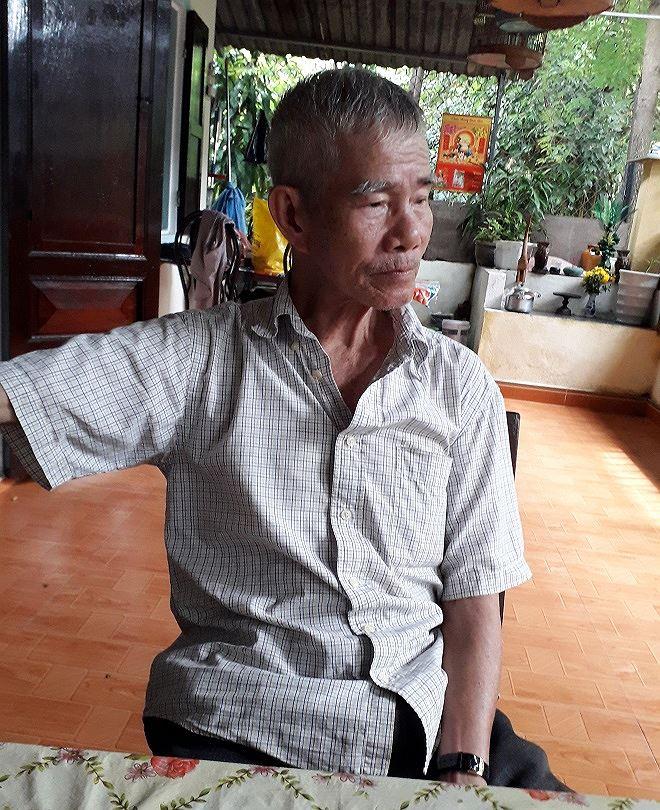 """Ông Trần Lượng: """"Tôi mong muốn được di dời càng sớm càng tốt để ổn định cuộc sống""""."""