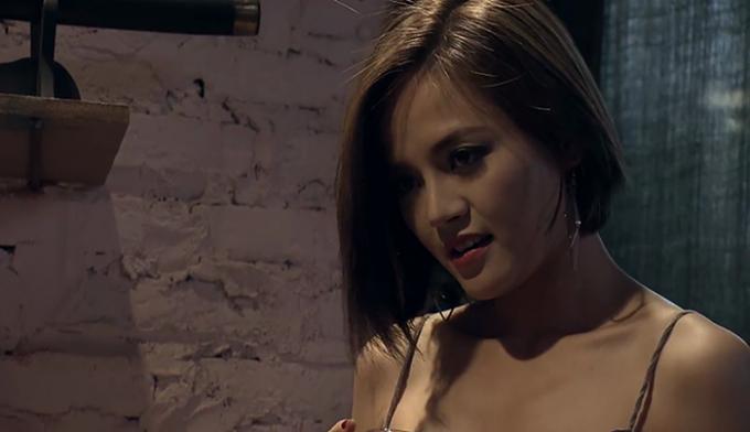 HOT showbiz: Giá quảng cáo phim Quỳnh búp bê tăng chóng mặt theo 'độ hot'