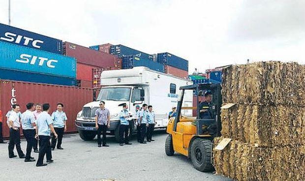 Phế liệu nhập khẩu tăng vọt. (Ảnh minh họa nguồn internet)