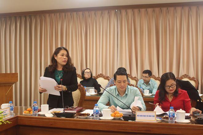Vụ trưởng Vụ Pháp chế Lê Thị Kim Dung báo cáo kết quả phối hợp năm 2018