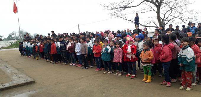 Các em học sinh tại trường Tiểu học Cốc Lỳ - Đức Hạnh.