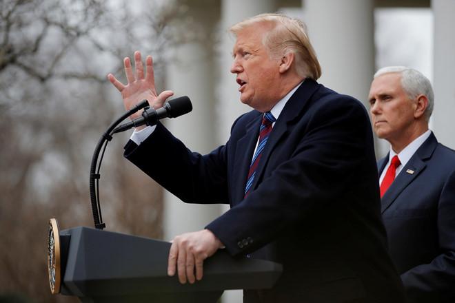 Tổng thống Trump phát biểu trong cuộc họp báo vào ngày 4/1 tại Nhà Trắng. (Ảnh: Reuters)