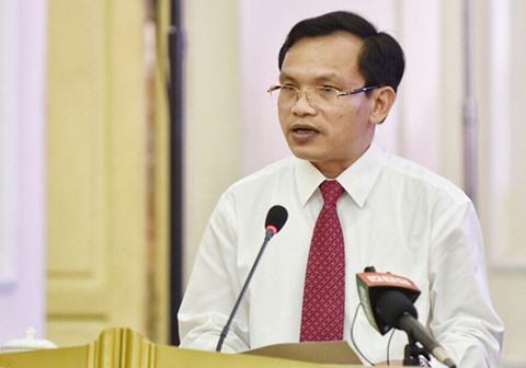 Ông Mai Văn Trinh khẳng định học sinh có thể yên tâm căn cứ vào đề thi tham khảo THPT quốc gia 2019 mà Bộ GDĐT đã công bố để ôn tập. Ảnh: T.L